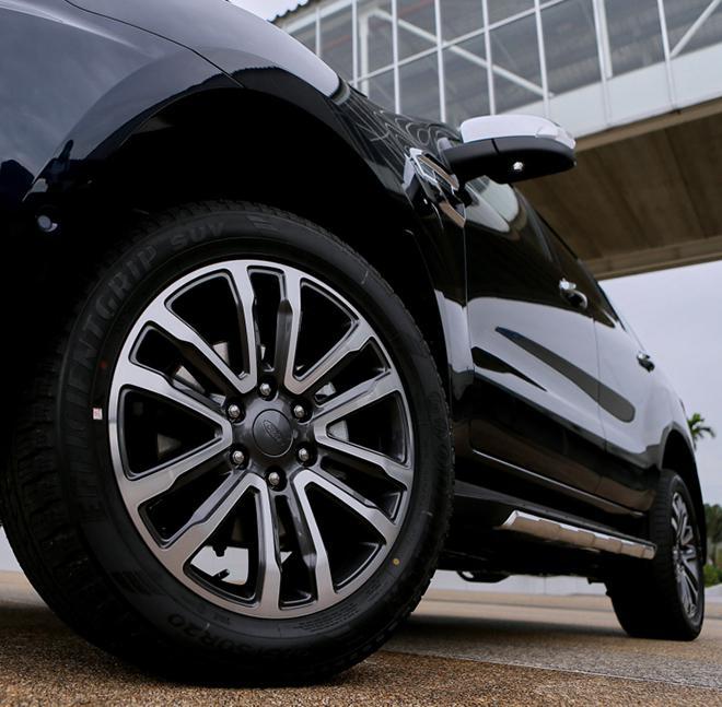 Giá xe Ford Everest lăn bánh tháng 10/2021 - ảnh 7