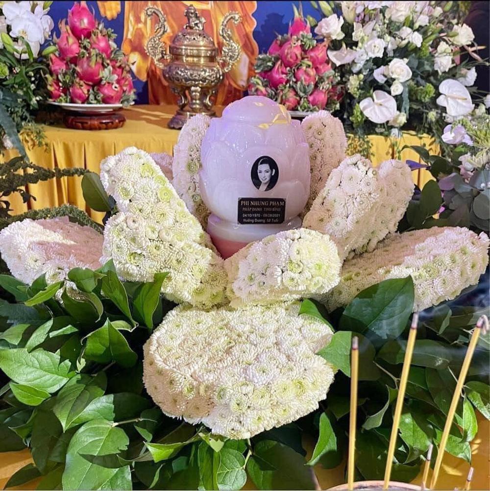 Em ruột Phi Nhung xúc động sau tang lễ: Có mấy ai được như chị em đâu - ảnh 1