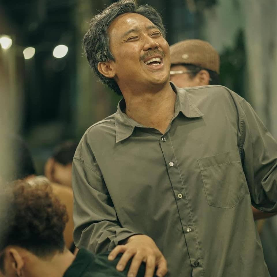 """Netizen bàn tán bộ râu của Trấn Thành tại Rap Việt: Trông như """"bác râu kẽm"""" trong Conan! - ảnh 2"""