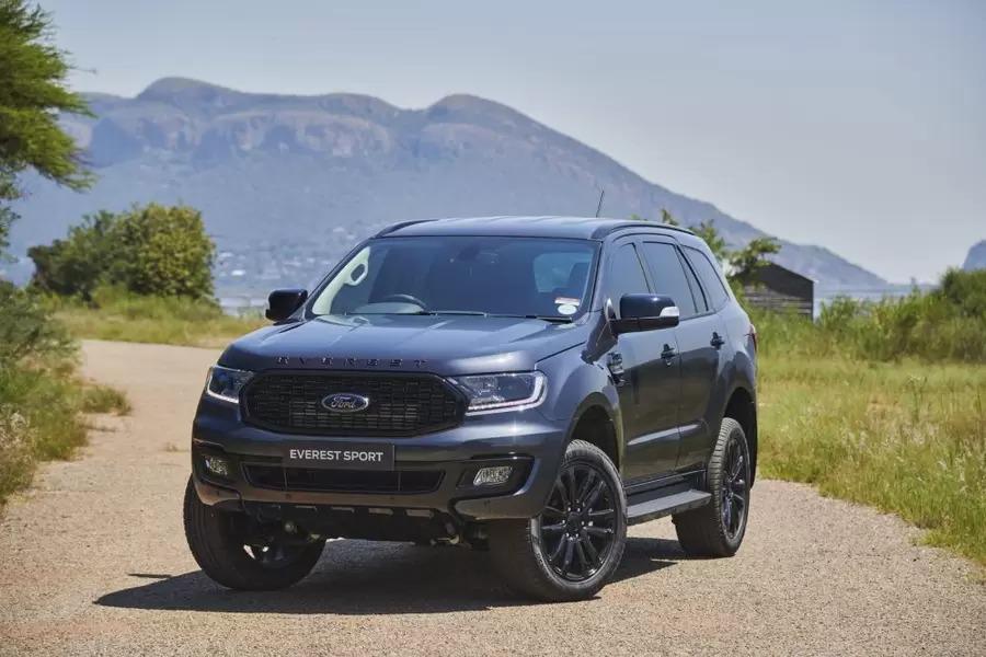Giá xe Ford Everest lăn bánh tháng 10/2021 - ảnh 3