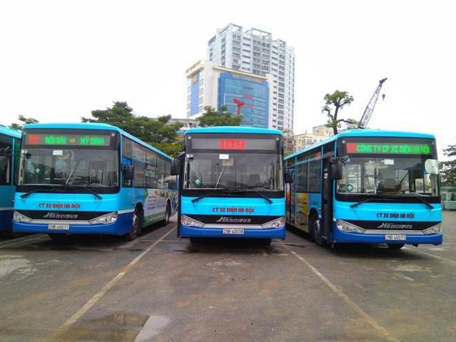 Xe buýt Hà Nội, taxi và xe công nghệ được lăn bánh, khách phải tuân thủ điều gì? - ảnh 1