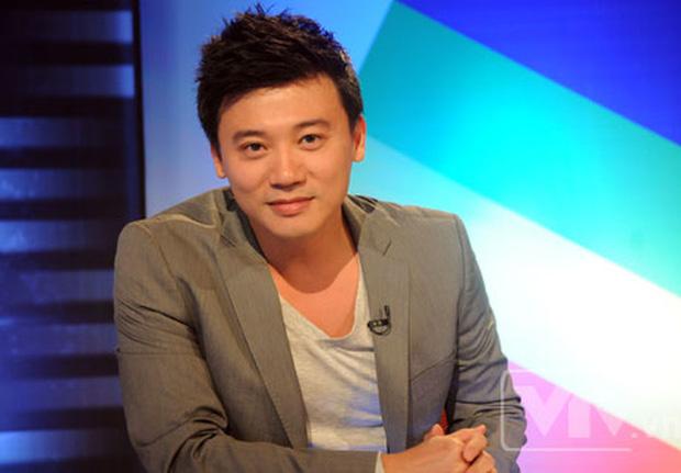 Profile cực xịn của Giám đốc nhân sự ACB: Cánh tay đắc lực của Chủ tịch Trần Hùng Huy, học vấn