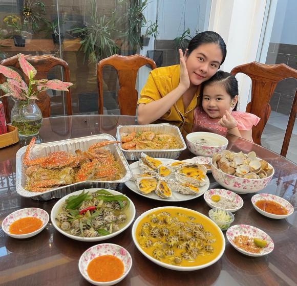 Mang bầu lần 2, Vân Trang bị ốm nghén nặng nhưng được chồng cưng chiều, bày đủ trò để dụ vợ ăn - ảnh 6