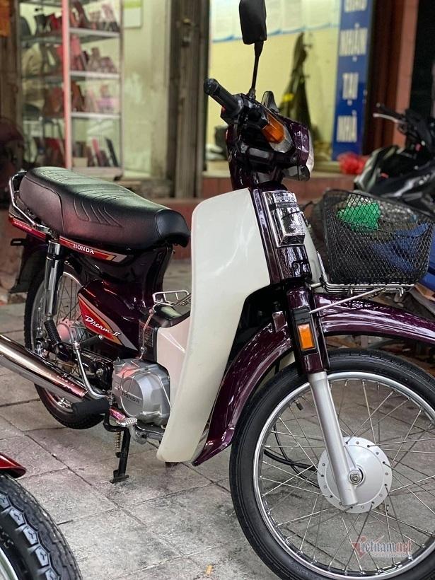 Honda Dream Việt biển ngũ 9 độc nhất miền Bắc giá gần 400 triệu đồng - ảnh 14