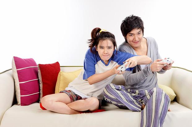 Son Ye Jin - Lee Min Ho từng có cảnh giường chiếu nóng bỏng mắt, Hyun Bin xem lại chắc tức phát điên - ảnh 7