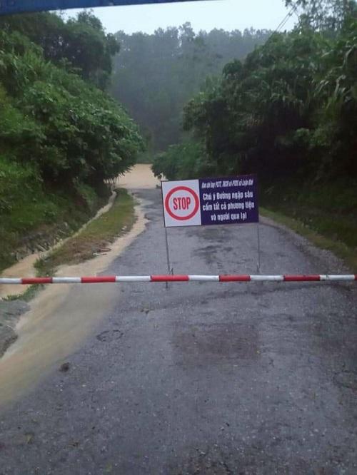 Mưa lũ gây chia cắt nhiều địa bàn miền núi Thanh Hóa - ảnh 7