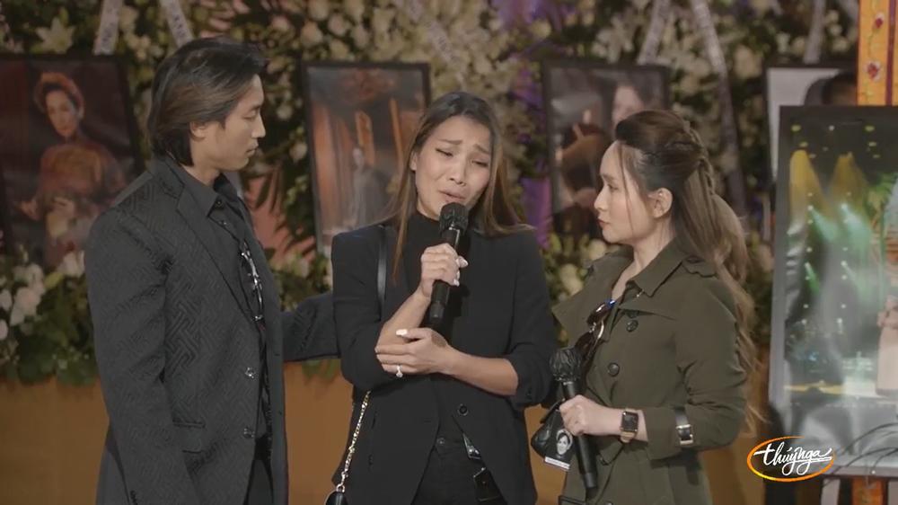 Hồng Ngọc khóc trong tang lễ Phi Nhung: Tức lắm, chị không thể chết như vậy được chị ơi! - ảnh 2