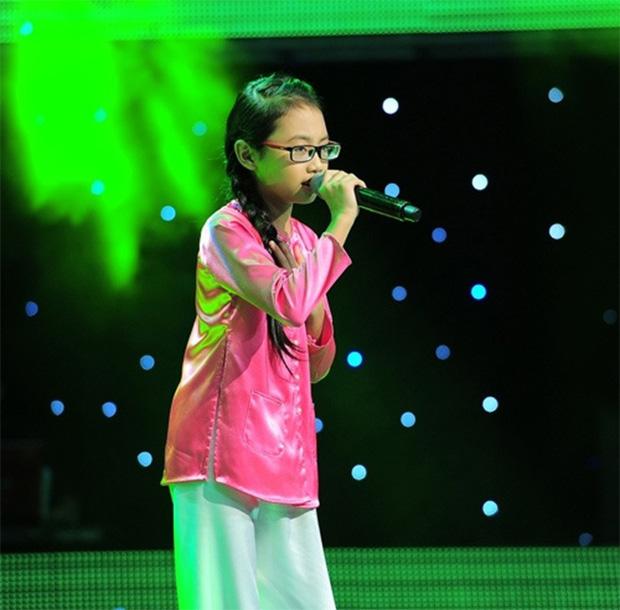 Khi các ca sĩ rời công ty quản lý của ba mẹ nuôi: Phương Mỹ Chi êm đẹp với Quang Lê, 2 người con nuôi của cố NS Phi Nhung đối lập hoàn toàn - ảnh 2