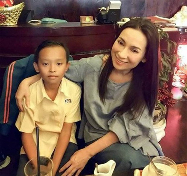 Khi các ca sĩ rời công ty quản lý của ba mẹ nuôi: Phương Mỹ Chi êm đẹp với Quang Lê, 2 người con nuôi của cố NS Phi Nhung đối lập hoàn toàn - ảnh 16