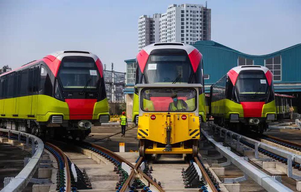 Cận cảnh 10 đoàn tàu tuyến Metro Nhổn - ga Hà Nội sẵn sàng chạy thử nghiệm - ảnh 2