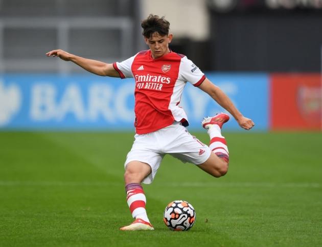 Jack Wilshere thích thú với tài năng 17 tuổi vượt trội của Arsenal - ảnh 1