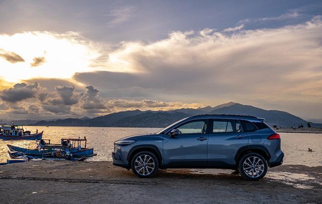 Thành công với xe xanh trên toàn cầu, Toyota mang đến Việt Nam xe hybrid - ảnh 4