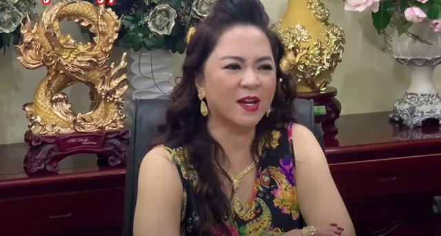 Bà Phương Hằng gửi lời cảnh báo tới con gái ruột cố ca sĩ Phi Nhung và tương lai của 23 người con nuôi - ảnh 1