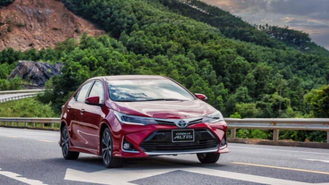 Toyota Corolla Altis tặng lệ phí trước bạ khủng nhất từ trước tới nay - ảnh 1