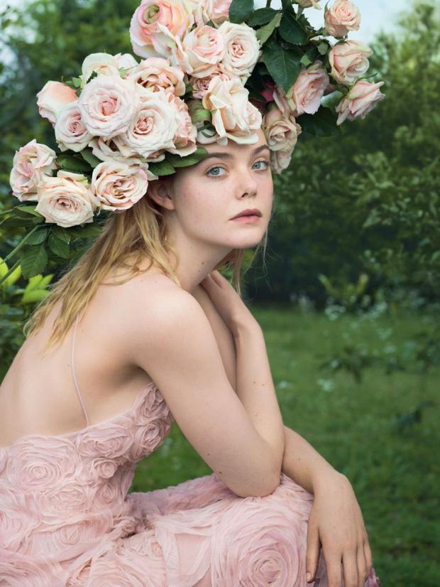 """Còn đâu """"công chúa"""" Elle Fanning đẹp như tiên tử ngày nào: Visual tuột dốc, sốc nhất là body lộ cả xương ngực - ảnh 10"""