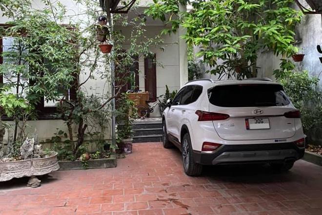 Khoe chạy xe Mercedes đời 2001 rồi chê Hyundai Santa Fe vừa yếu vừa ồn, ''chủ thớt'' bị bóc phốt ngược: ''Sao không để Mẹc mà đi?'' - ảnh 5