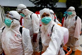 Thủ đô Indonesia khủng hoảng vì Covid-19, đặt quan tài giả trên phố để dân biết sợ đại dịch