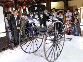Nghi vấn về xe kéo vua Thành Thái tặng mẹ