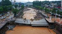 Bão In-fa càn quét Nhật Bản, Trung Quốc: Lũ lụt chưa xong, lở đất thảm khốc lại đến - Thế vận hội Tokyo 2020 có bị gián đoạn?