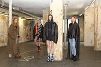 Bộ sưu tập 'Hermès của gen Z' gây tranh cãi