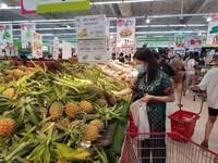Hà Nội: Siêu thị đầy ắp hàng, người dân không lo thiếu