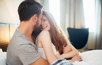 """Hướng dẫn """"chuyện ấy lần đầu"""" cho các cặp đôi mà cả 2 đều ngây thơ bỡ ngỡ chả biết gì"""