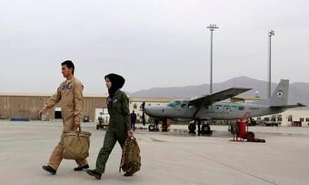 [ẢNH] Mỹ rút đi để lại cho Afghanistan cường kích 'bà già' kèm tên lửa 'hỏa ngục'