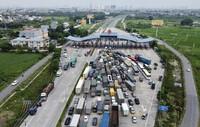 Xe chở hàng hóa muốn đi qua hoặc vào Hà Nội di chuyển như thế nào?