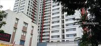 Xôn xao bé trai cạy lưới chắn rơi từ tầng 6 chung cư cao cấp Hà Nội