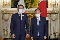 Lãnh đạo Nhật Bản và Pháp trao đổi về hợp tác song phương