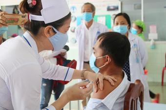 Đồng Tháp tiêm vaccine phòng Covid-19 đợt 5 cho hơn 87.000 người