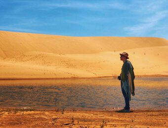 Độc quyền: Từ chàng thạc sĩ ngắm hoa đào ở Barcelona đến đạo diễn Đào Đức Thành