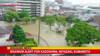 Nhật Bản sơ tán khẩn hơn 120.000 dân vì nguy cơ lũ lụt và sạt lở