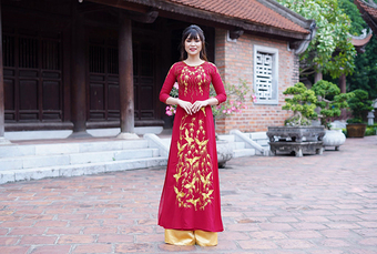 Bí quyết ''vàng'' khi chọn mua áo dài phái đẹp cần lưu ý - Áo dài Quỳnh Nguyễn bật mí