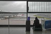 Bão In-Fa đổ bộ Trung Quốc, hàng trăm chuyến bay bị hủy