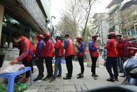 Tại sao cấm shipper công nghệ hoạt động khi giãn cách toàn xã hội tại Hà Nội?