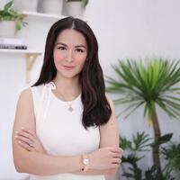 Khoe diện mạo mới, ''Mỹ nhân đẹp nhất Philippines'' được khen gái 2 con trông mòn con mắt