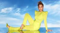 Jennifer Lopez gây xôn xao MXH khi khoe body ''bá cháy'' với bikini bé xíu đón tuổi 52