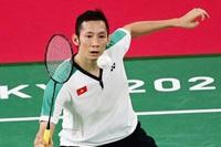 Tiến Minh thua tay vợt hạng 3 thế giới, khó có cửa đi tiếp
