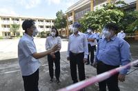 Phó Thủ tướng Vũ Đức Đam kiểm tra công tác phòng, chống dịch tại huyện Củ Chi - TP HCM