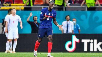 Người hâm mộ PSG tẩy chay Pogba