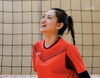 ''Hoa khôi bóng chuyền'' luyện tiếng Anh 2 tiếng mỗi ngày