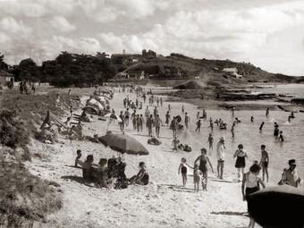 Bãi biển phóng xạ một thời cực đắt khách ở Brazil