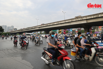 Chủ tịch UBND TP Hà Nội: Người dân vẫn ra đường khá đông so với kỳ vọng giãn cách xã hội