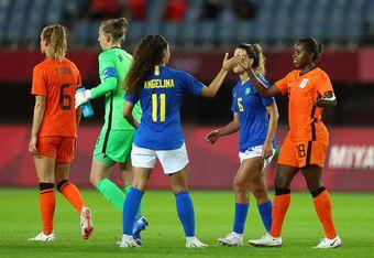 Nữ Hà Lan và Brazil tạo ra trận cầu 6 bàn thắng