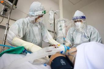 'Khẩn thiết kêu gọi toàn hệ thống y tế tham gia chống dịch Covid-19 tại TP.HCM'