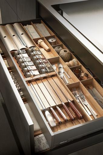 Cách sắp xếp dao làm bếp an toàn, gọn đẹp