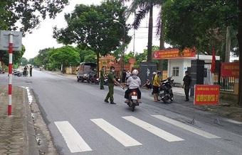 Hà Nội: Xử phạt hàng trăm trường hợp vi phạm quy định giãn cách xã hội