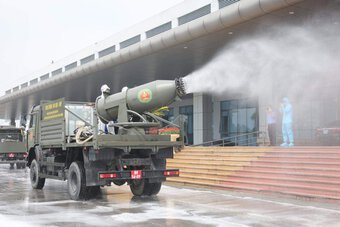 Bí thư Hà Nội đề nghị Bộ Tư lệnh Thủ đô phun khử khuẩn diện rộng ở thành phố