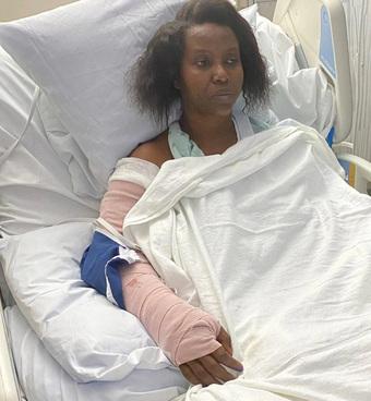 Đệ nhất phu nhân Tổng thống Haiti chia sẻ hình ảnh trên giường bệnh sau vụ ám sát